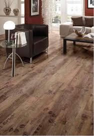 laminaat vloer in de woonkamer