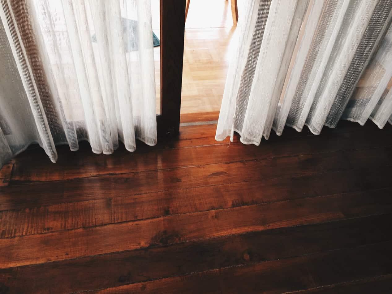 De voordelen van een houten vloer op een rijtje