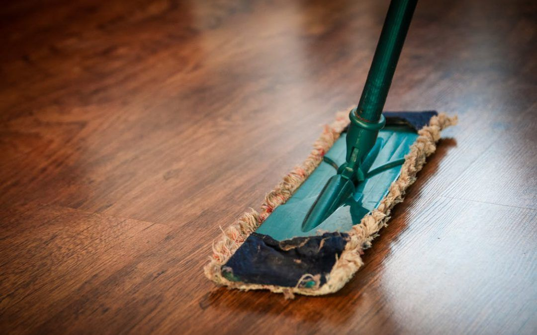 Krassen op PVC-vloer verwijderen: 2 handige tips