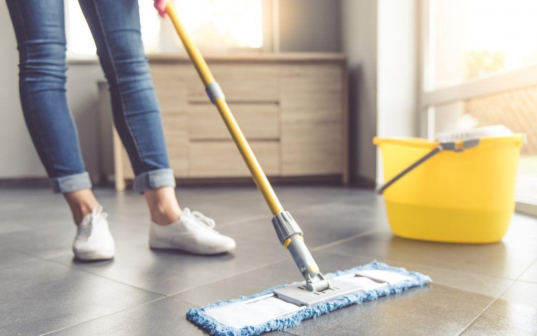 Natuurstenen vloer weer laten glanzen? Zo doet u dat